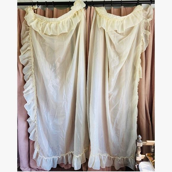 Vintage Other - Vtg Cottage Core Curtain Panels